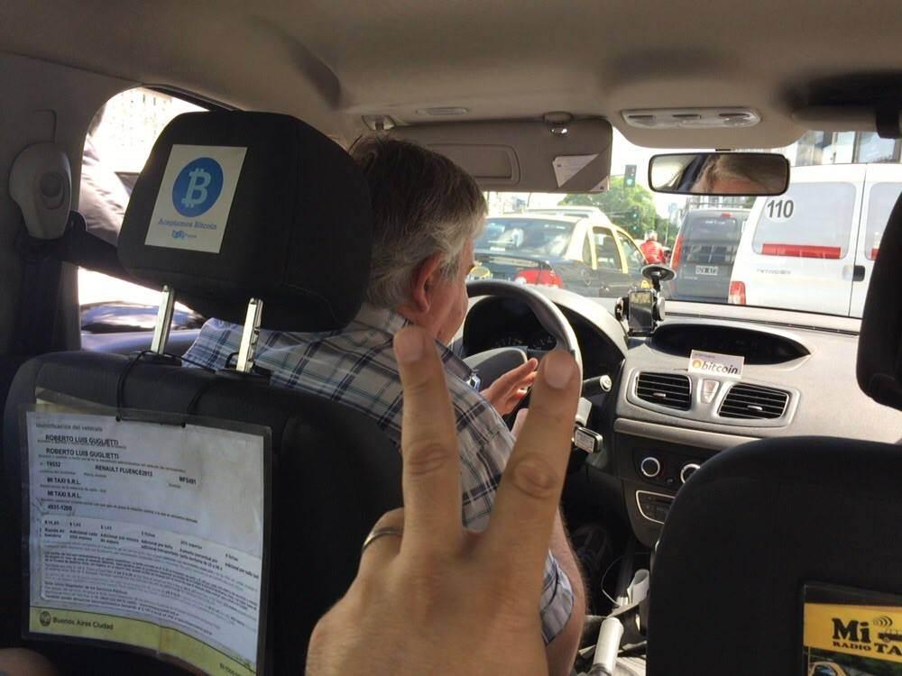 taxi que acepta bitcoin